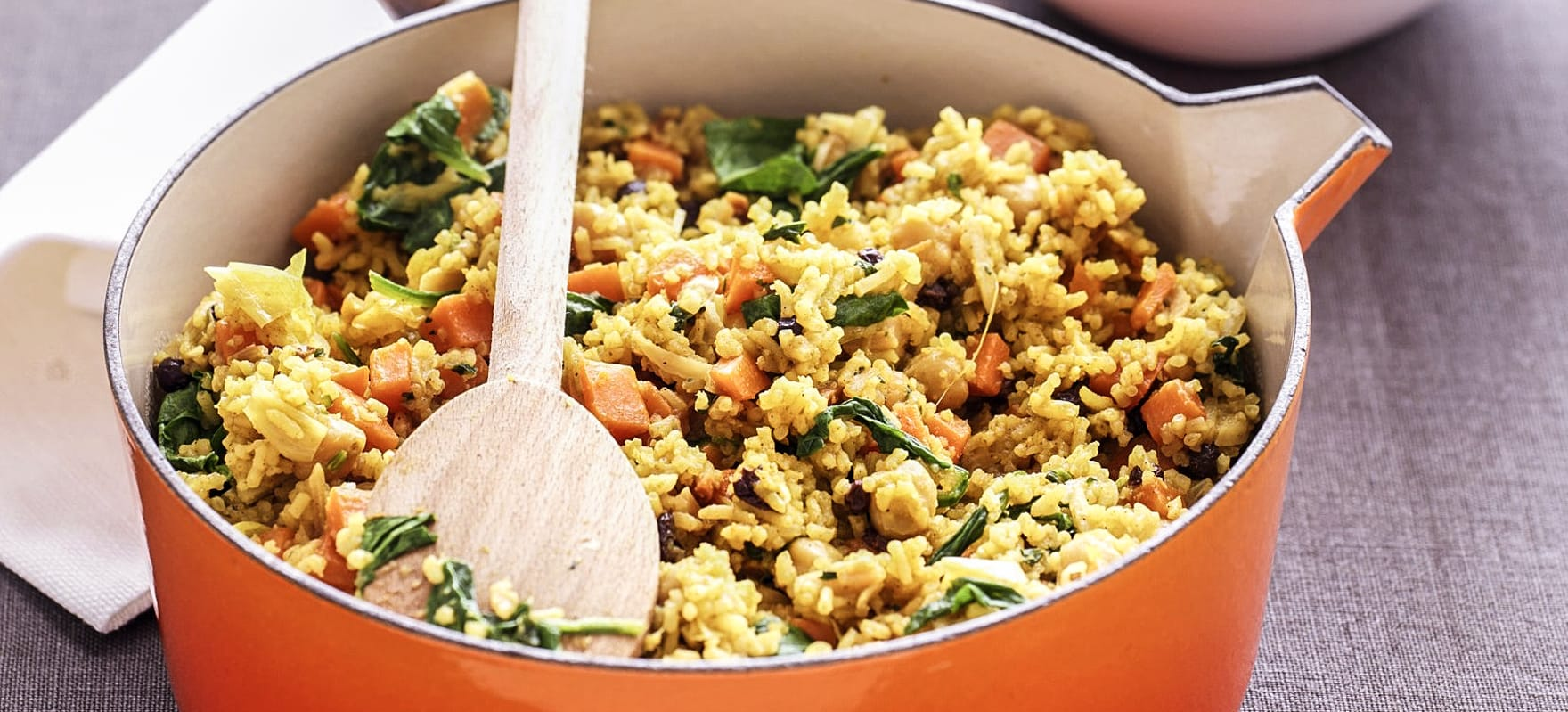 Chickpea pilaf with spinach image 1