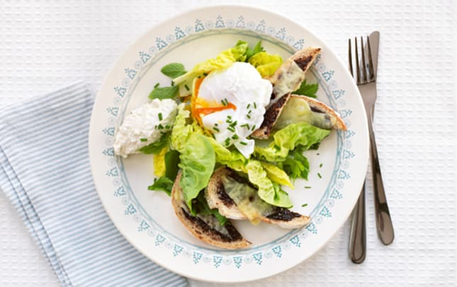 Marmite™ crouton salad image 1