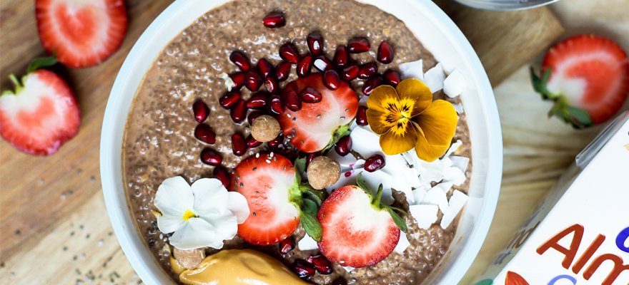 Peanut Butter and Cacao Chia Seed Porridge image 1