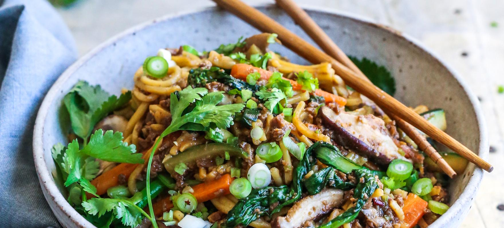 Hokkien noodles stir fry image 1