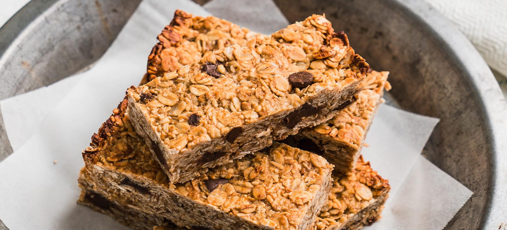 Peanut butter muesli bars image 2