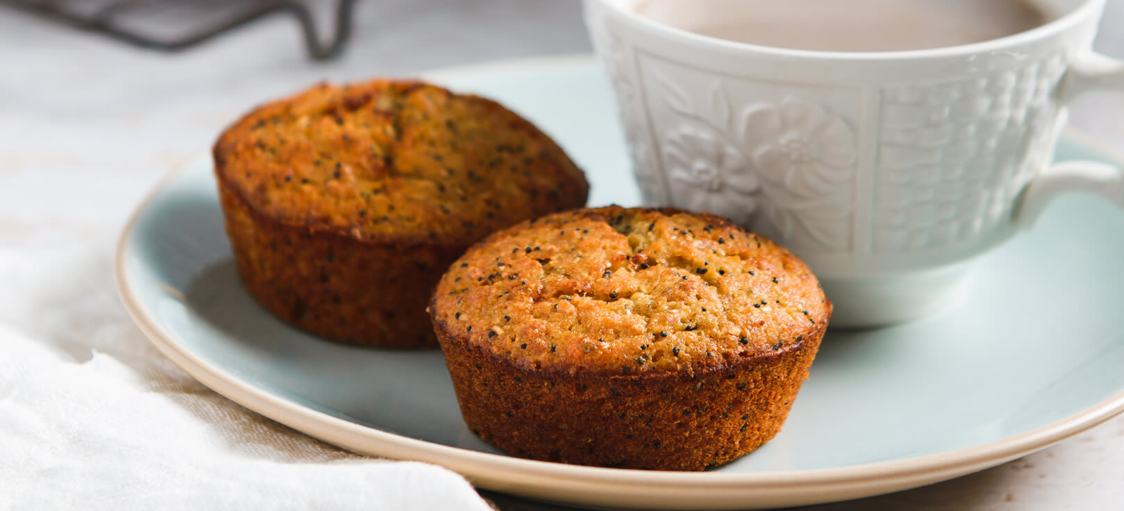 Orange & poppy seed muffins thumbnail 2