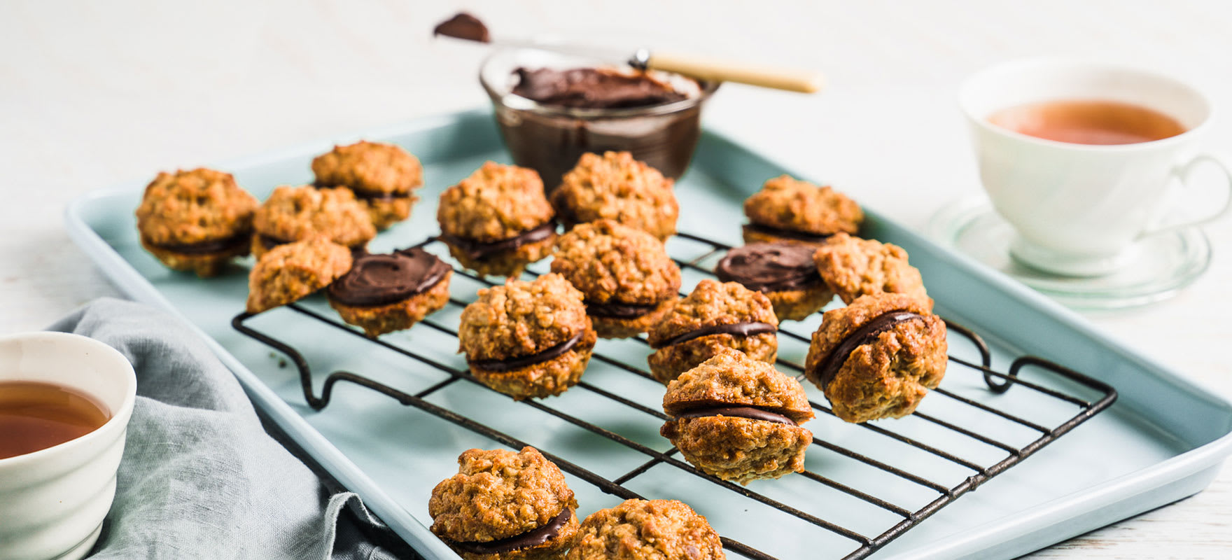 Chocolate, Peanut Butter & Oat Biscuit Sandwich image 1
