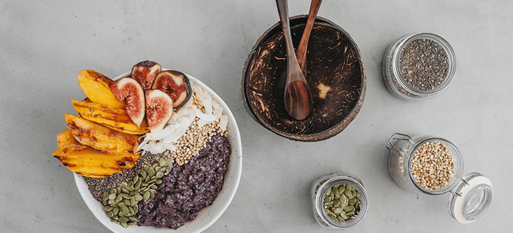Coconut black rice summer porridge image 1