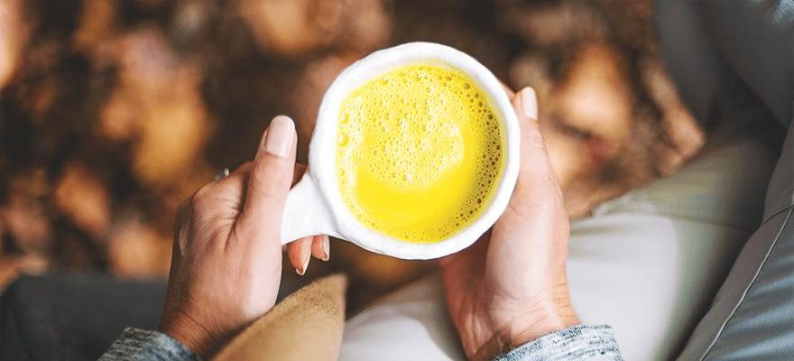 Golden turmeric latte image 1