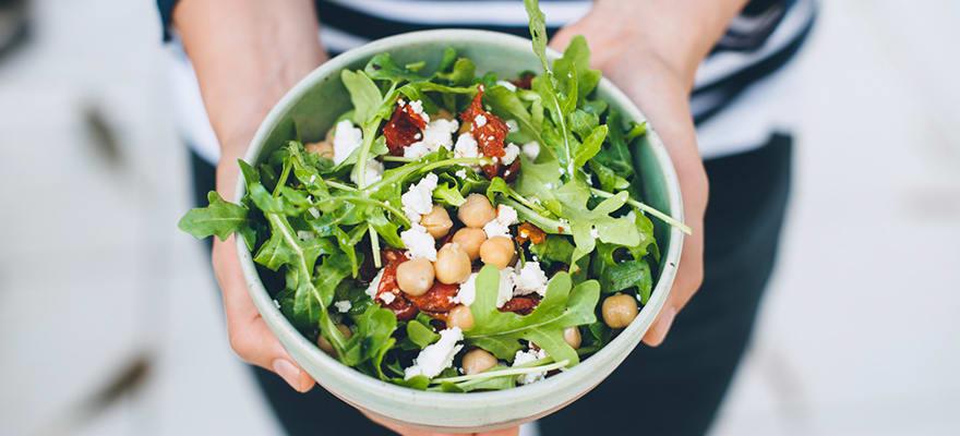 Chickpea feta rocket salad image 1
