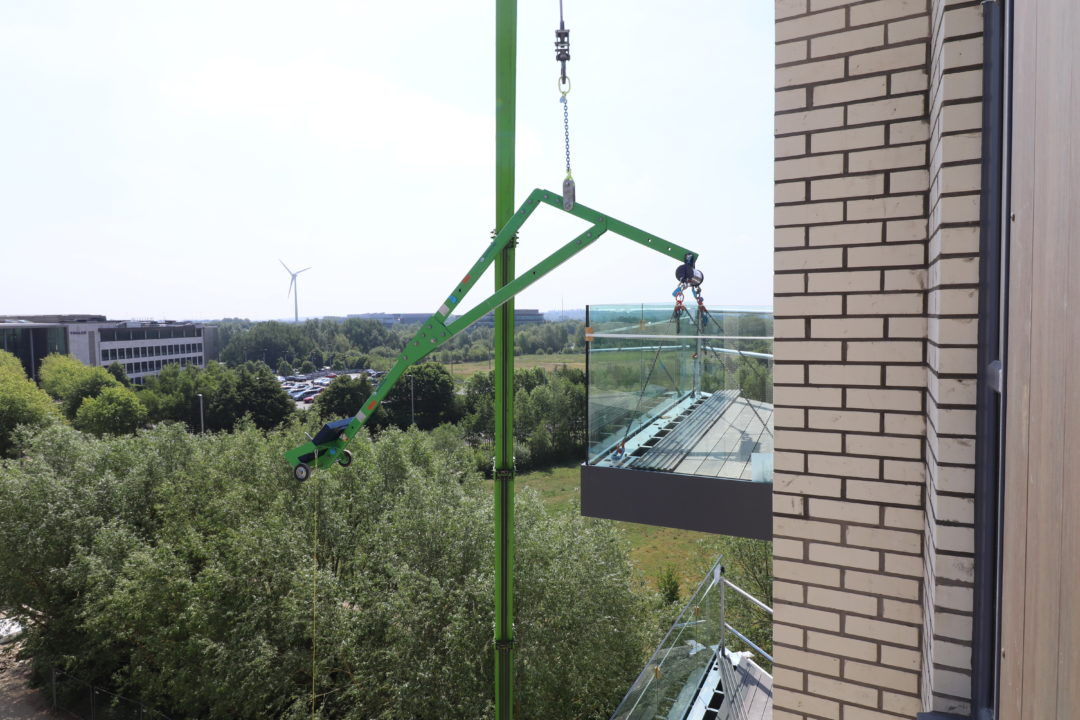 balcony equipment for safe balcony installation at height