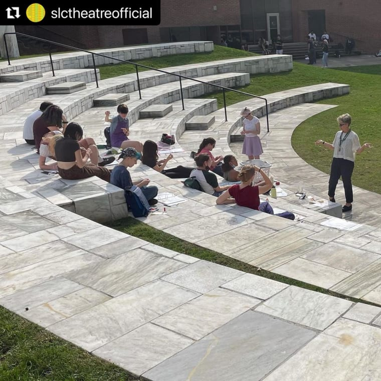 Pop a 💚 in the comments if you love The Remy! #Repost @slctheatreofficial ・・・ Our new favorite theatre classroom space #theremy #sarahlawrencecollege #sarahlawrence