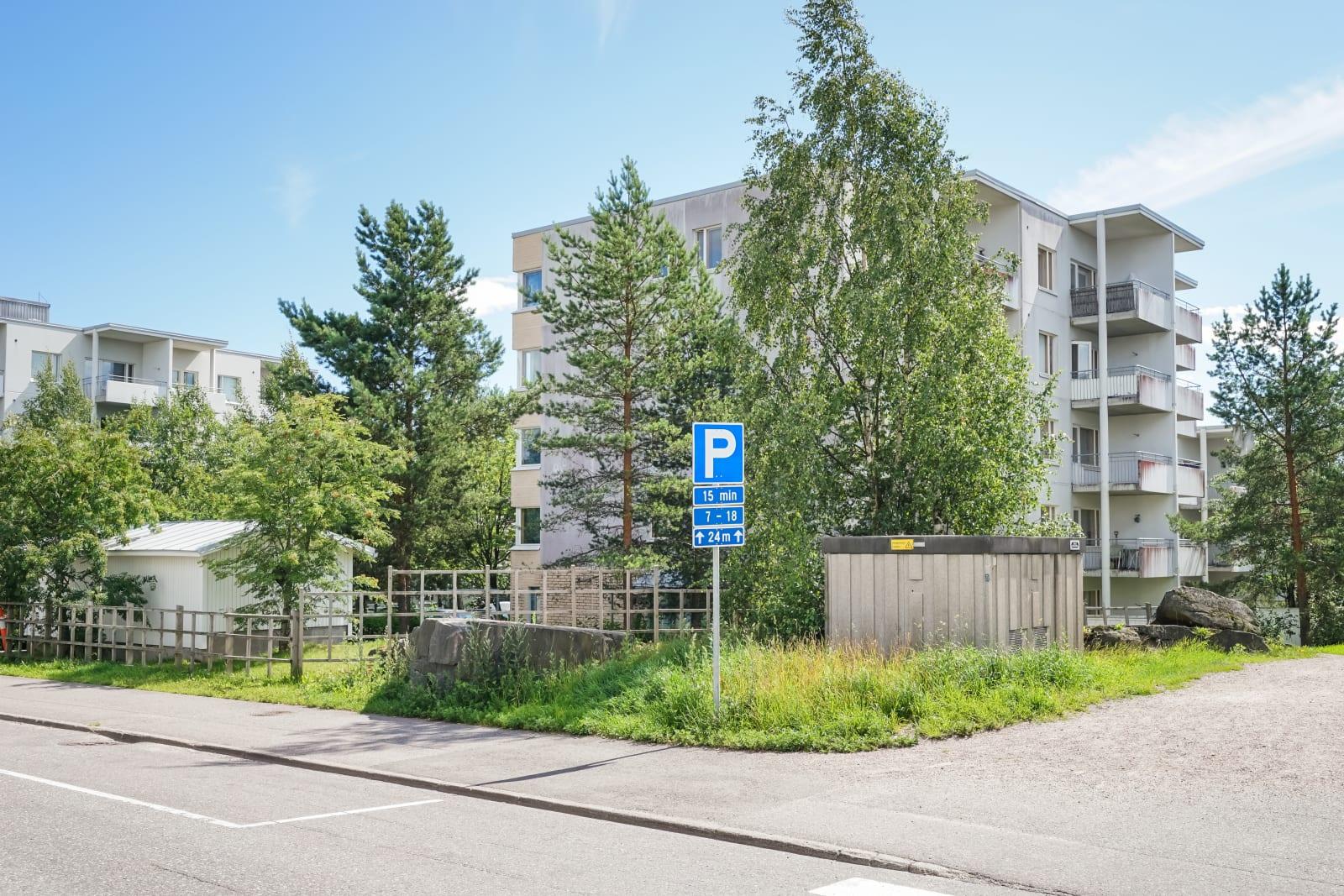 Espoo, Lintuvaara, Kyyhkysmäki 16