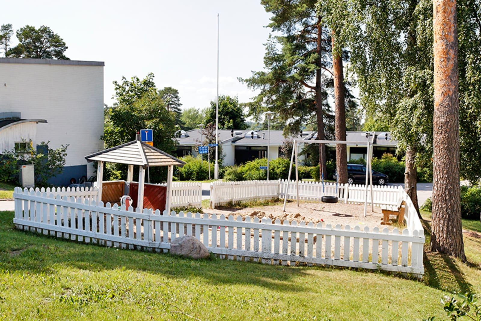 Espoo, Viherlaakso, Honkavaarantie 5