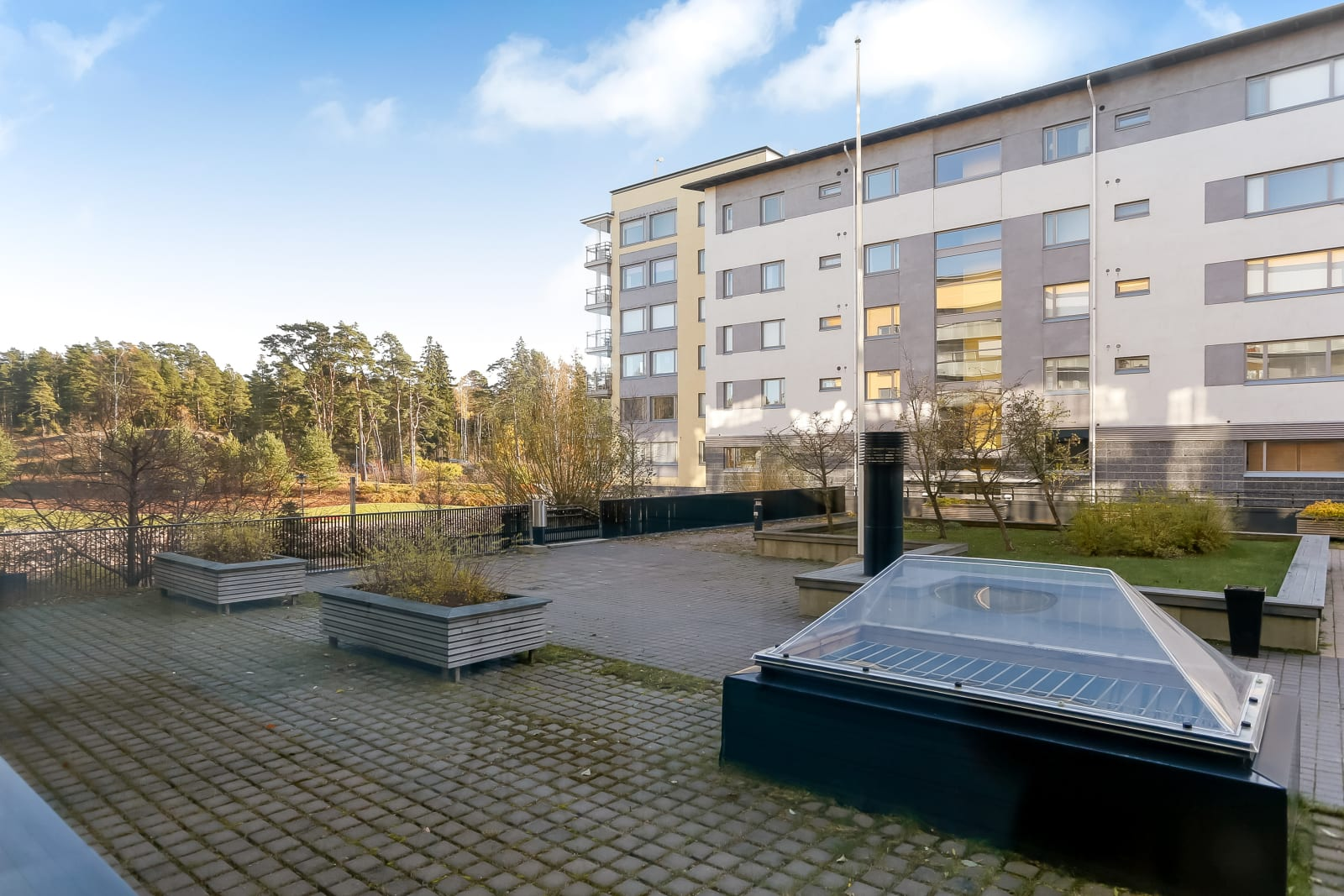 Helsinki, Aurinkolahti, Aurinkotuulenkatu 20