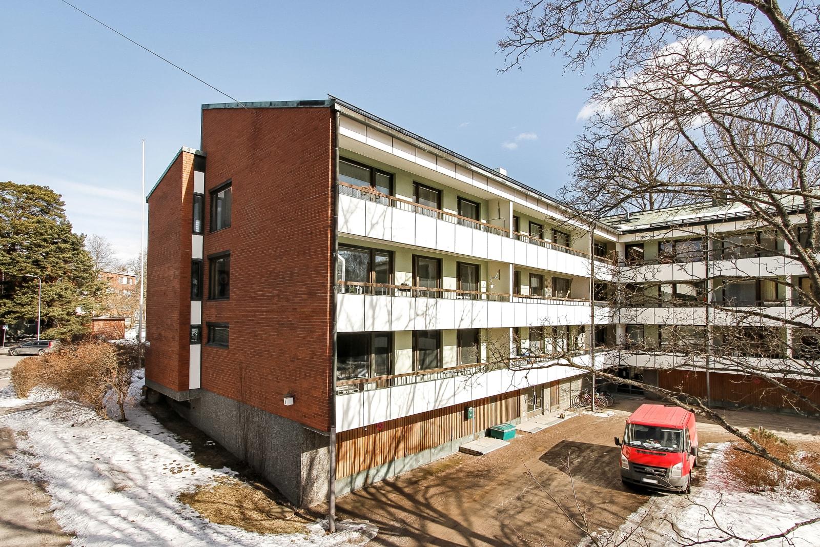 Helsinki, Etelä-Haaga, Vanha viertotie 18