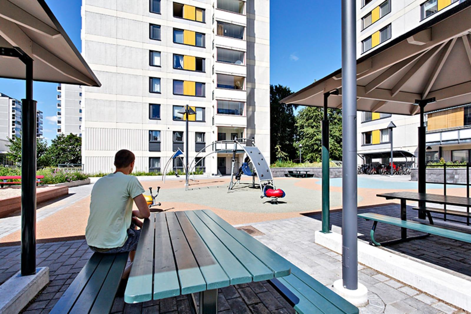 Helsinki, Itä-Pasila, Jarrumiehenkatu 2