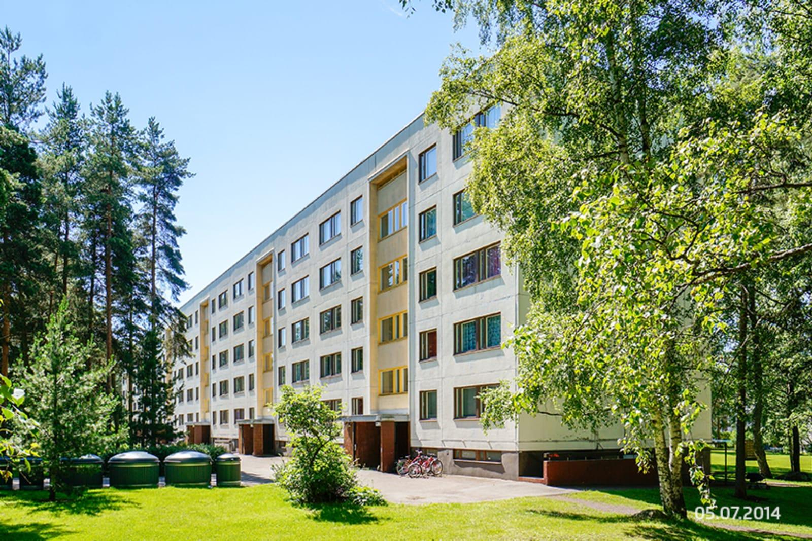 Helsinki, Kontula, Kaarenjalka 5