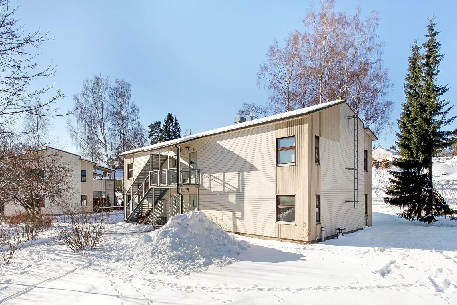 Helsinki, Mellunkylä, Linnanpellonkuja 12 ja 13