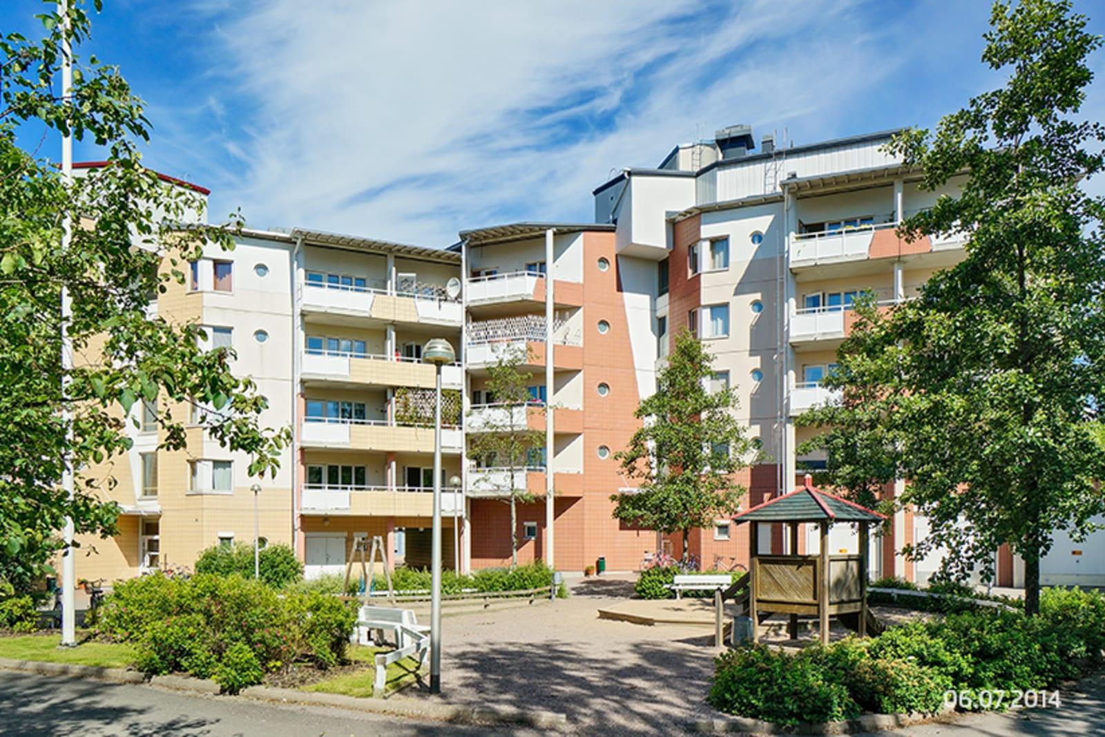 Helsinki, Pikku Huopalahti, Tilkankatu 2