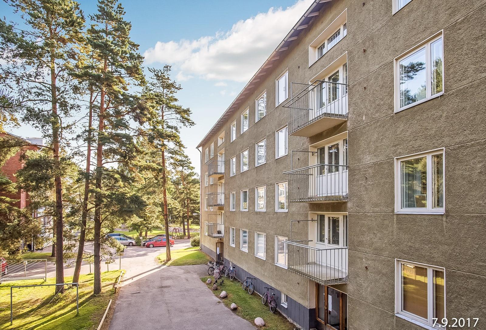Helsinki, Pohjois-Haaga, Näyttelijäntie 24
