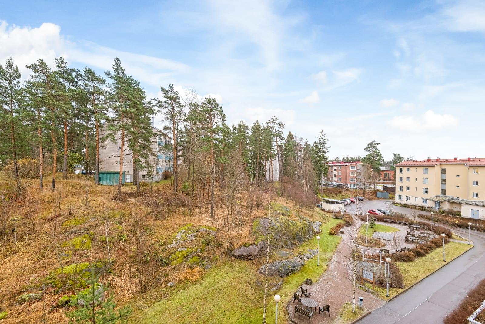 Helsinki, Pohjois-Haaga, Eliel Saarisen tie 10