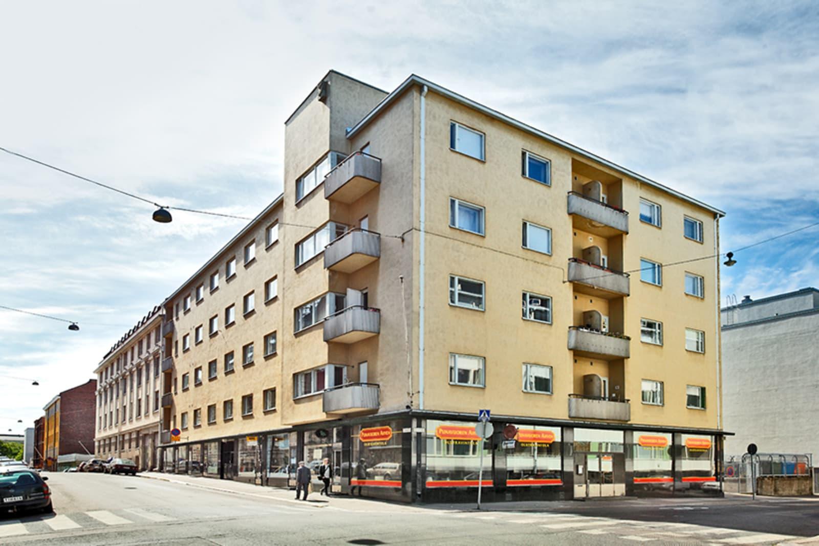 Helsinki, Punavuori, Albertinkatu 12, Punavuorenkatu 12