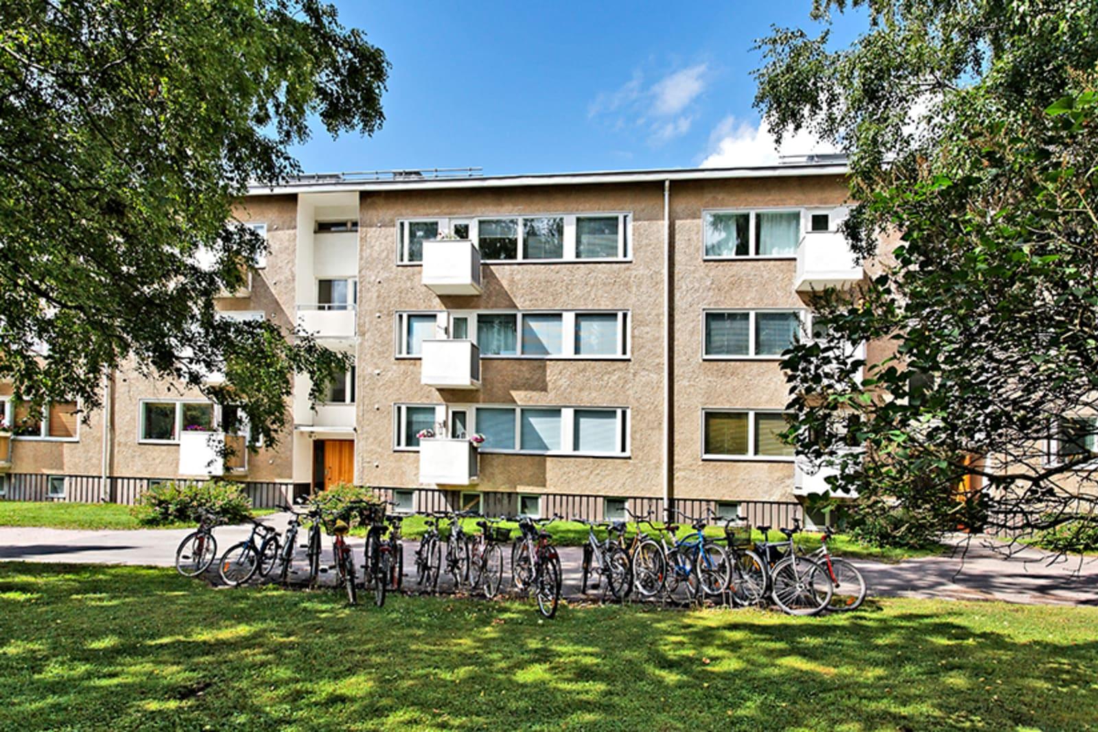 Helsinki, Puotila, Rantakartanontie 2-8