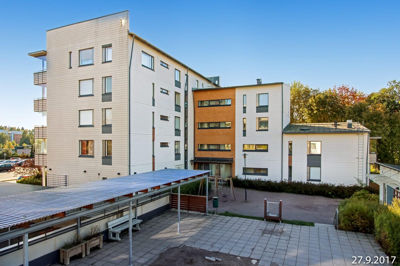 Helsinki, Puotila, Vanhanlinnantie 10