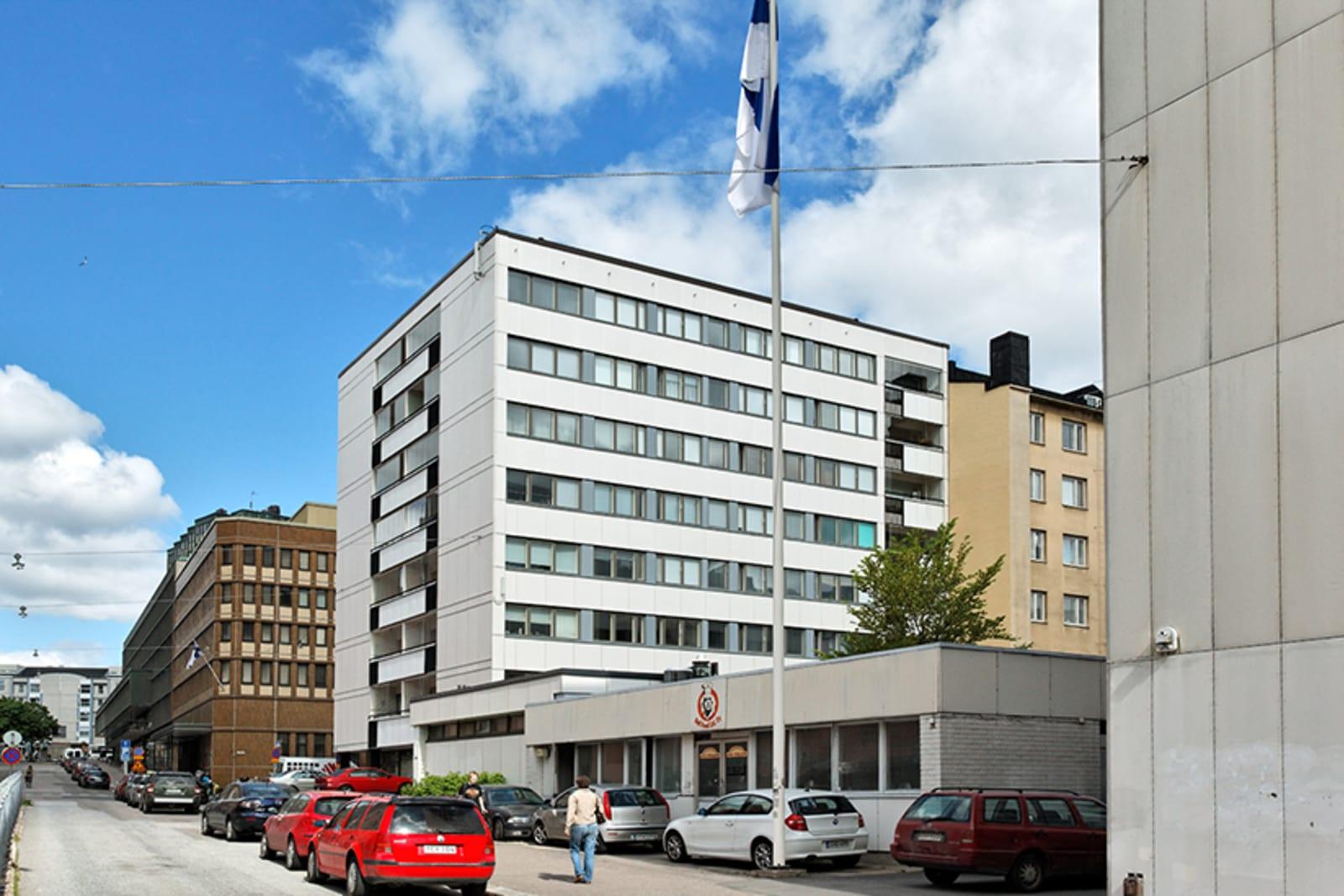 Helsinki, Sörnäinen, Vilhonvuorenkatu 8,  Pääskylänrinne 2