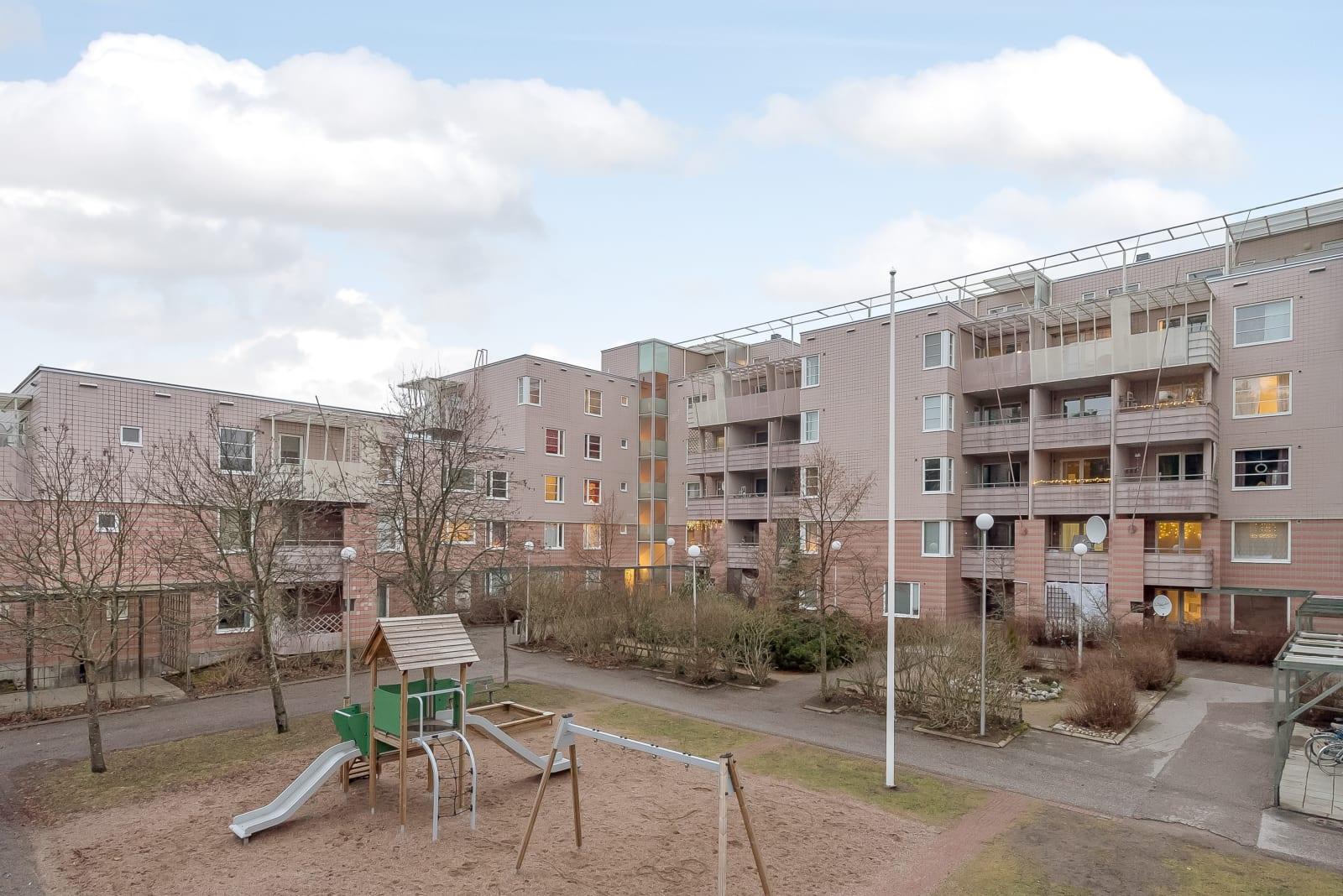 Helsinki, Vuosaari, Leikosaarentie 5
