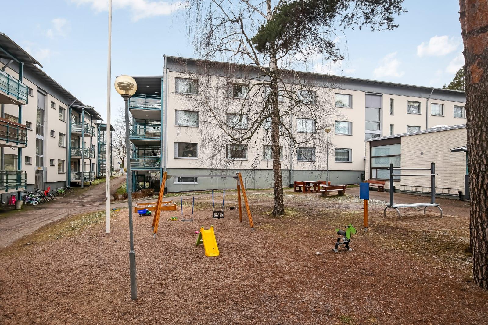 Kirkkonummi, Finnsbacka, Lukkarinmäki 1d