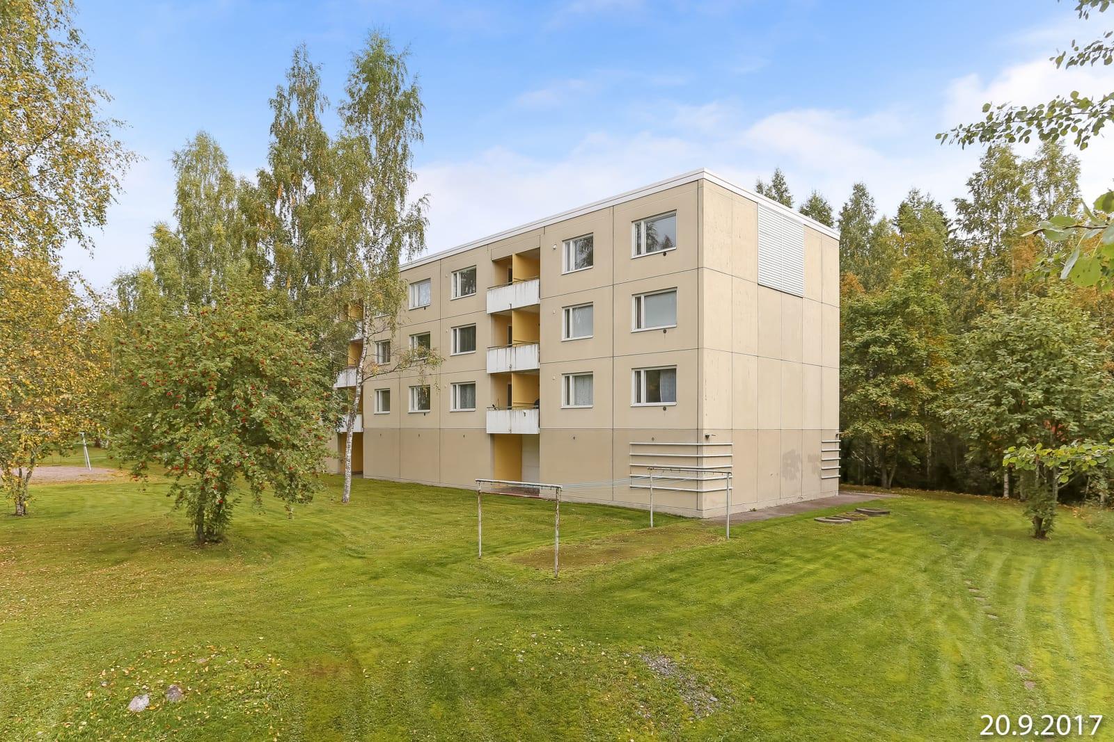 Lahti, Liipola, Jyrkänkatu 9 ja 11
