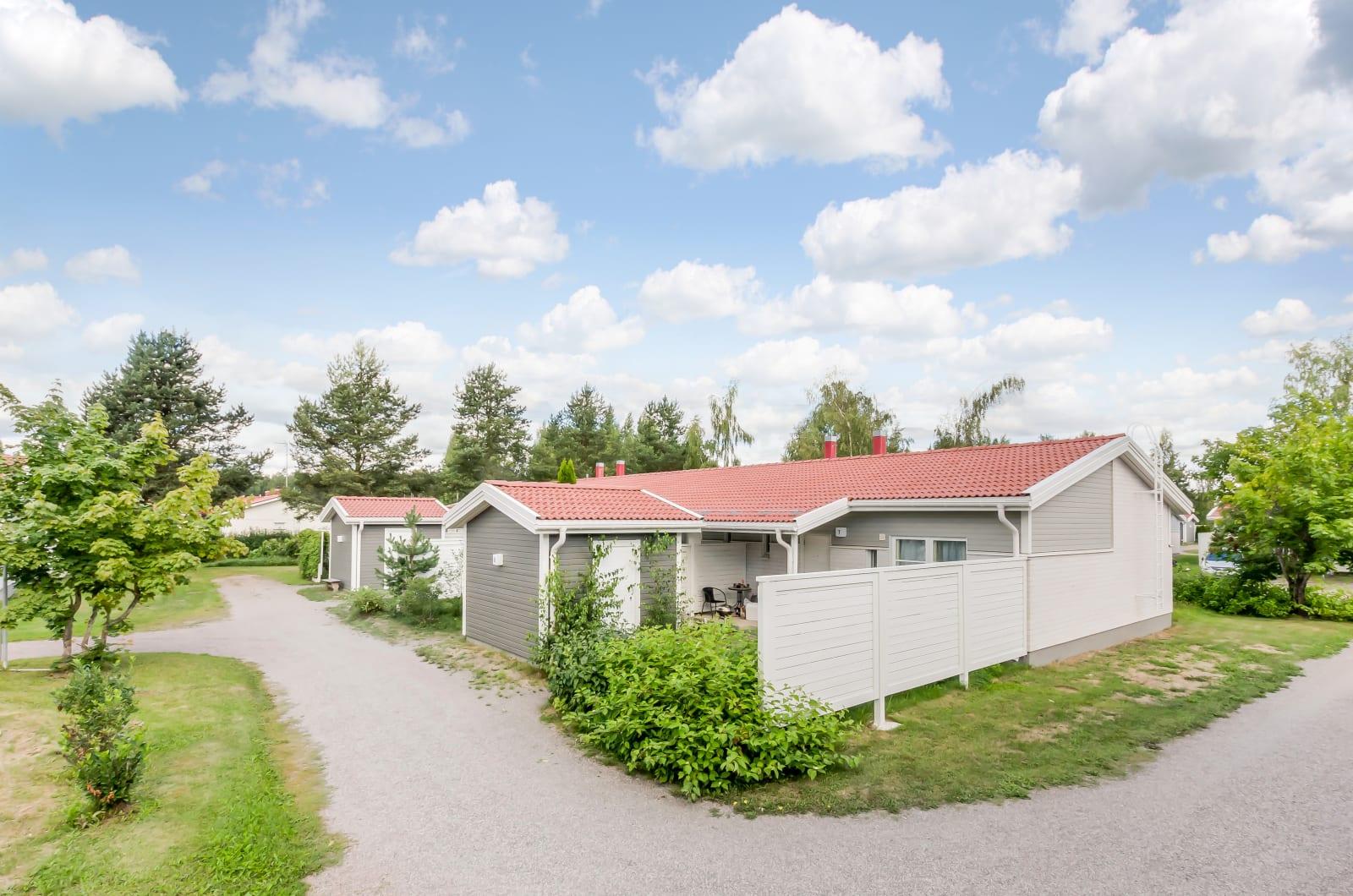 Nurmijärvi, Hyvinkäänkylä, Kylänpäänkaari 10