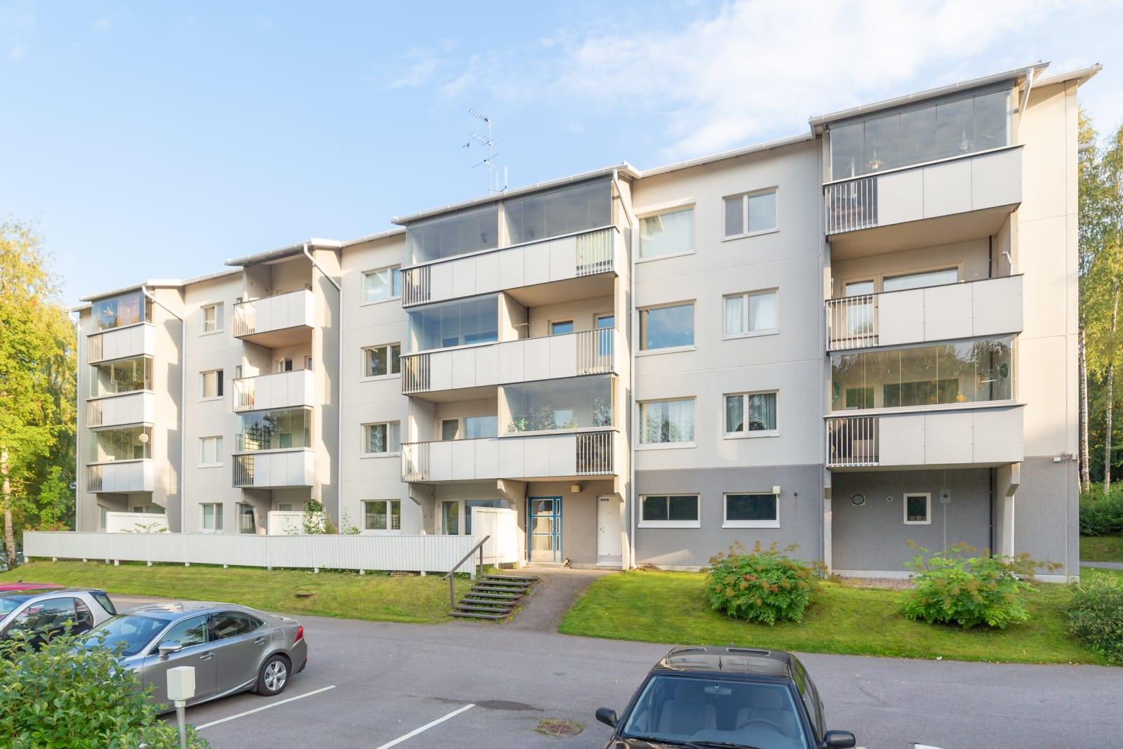 Tampere, Kaukajärvi, Luolakatu 2