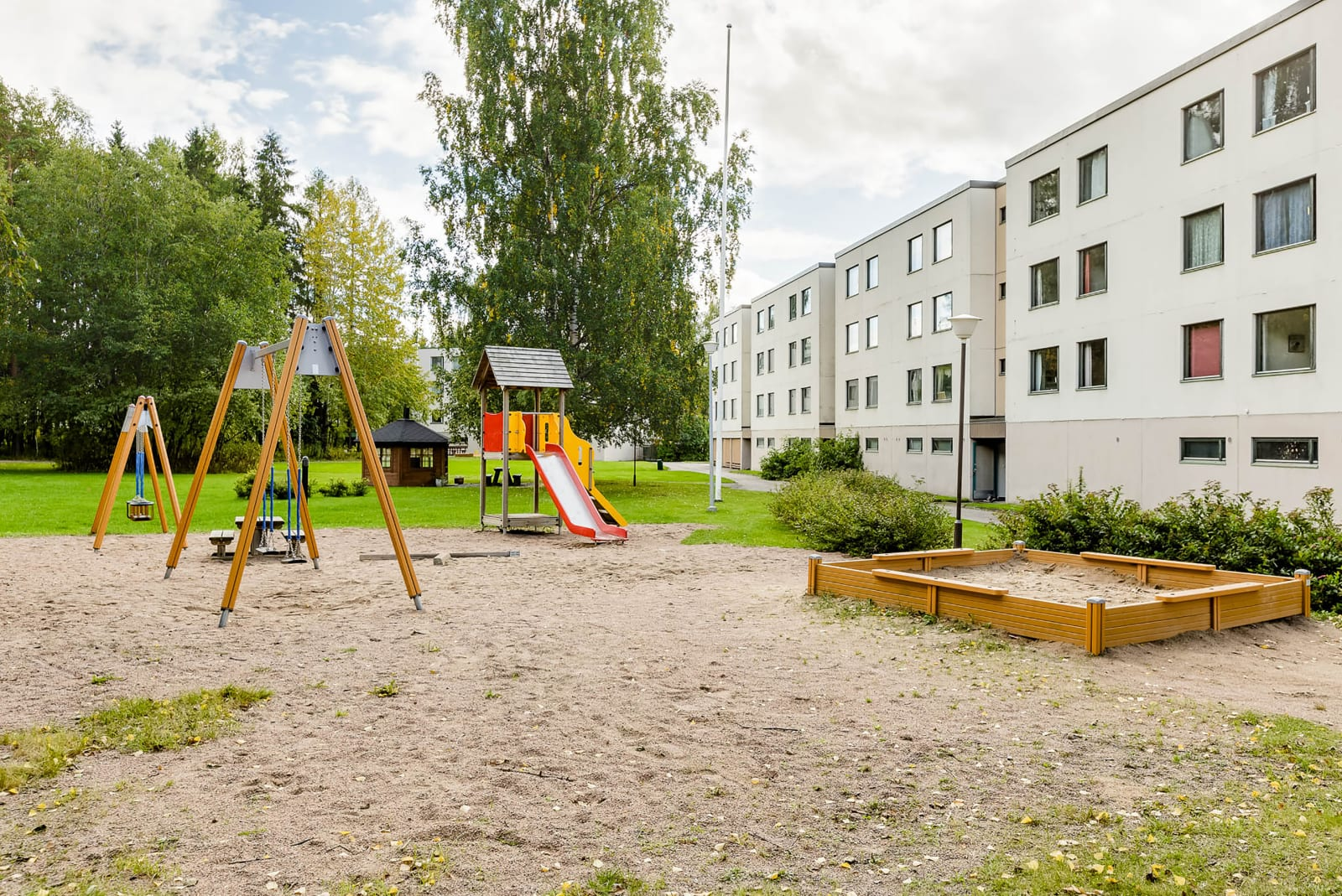 Tampere, Lentävänniemi, Lentävänniemenkatu 4