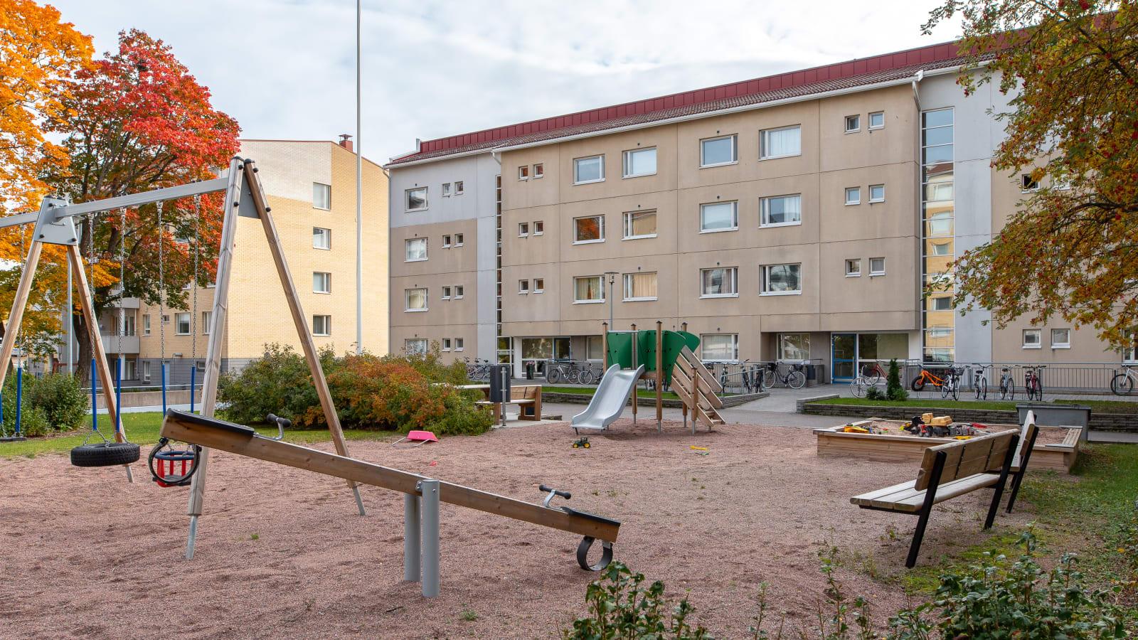 Turku, Keskusta, Kaivokatu 10, Kurjenkaivonkenttä 3