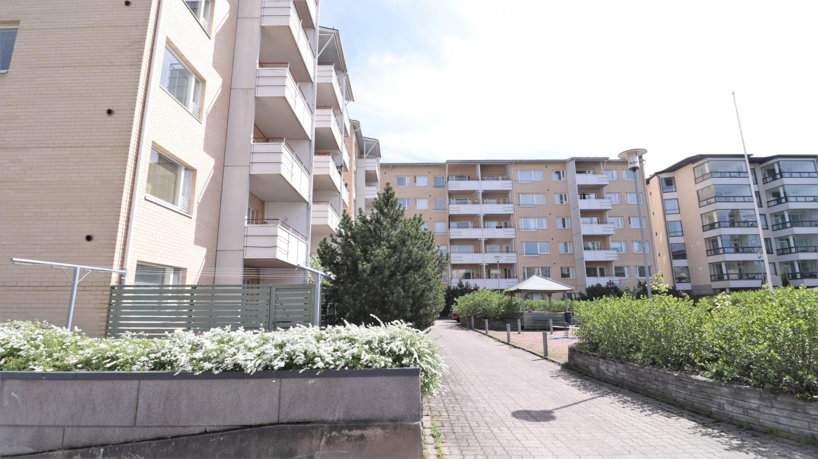 Turku, Martti, Tiilentekijänkatu 3b, Vilhonkatu 9