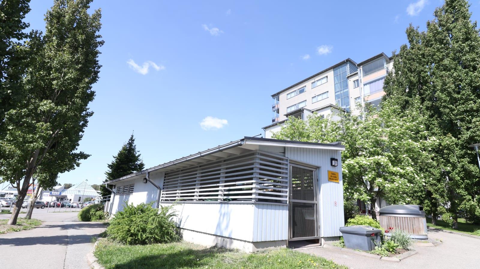 Turku, Teräsrautela, Asentajankatu 11