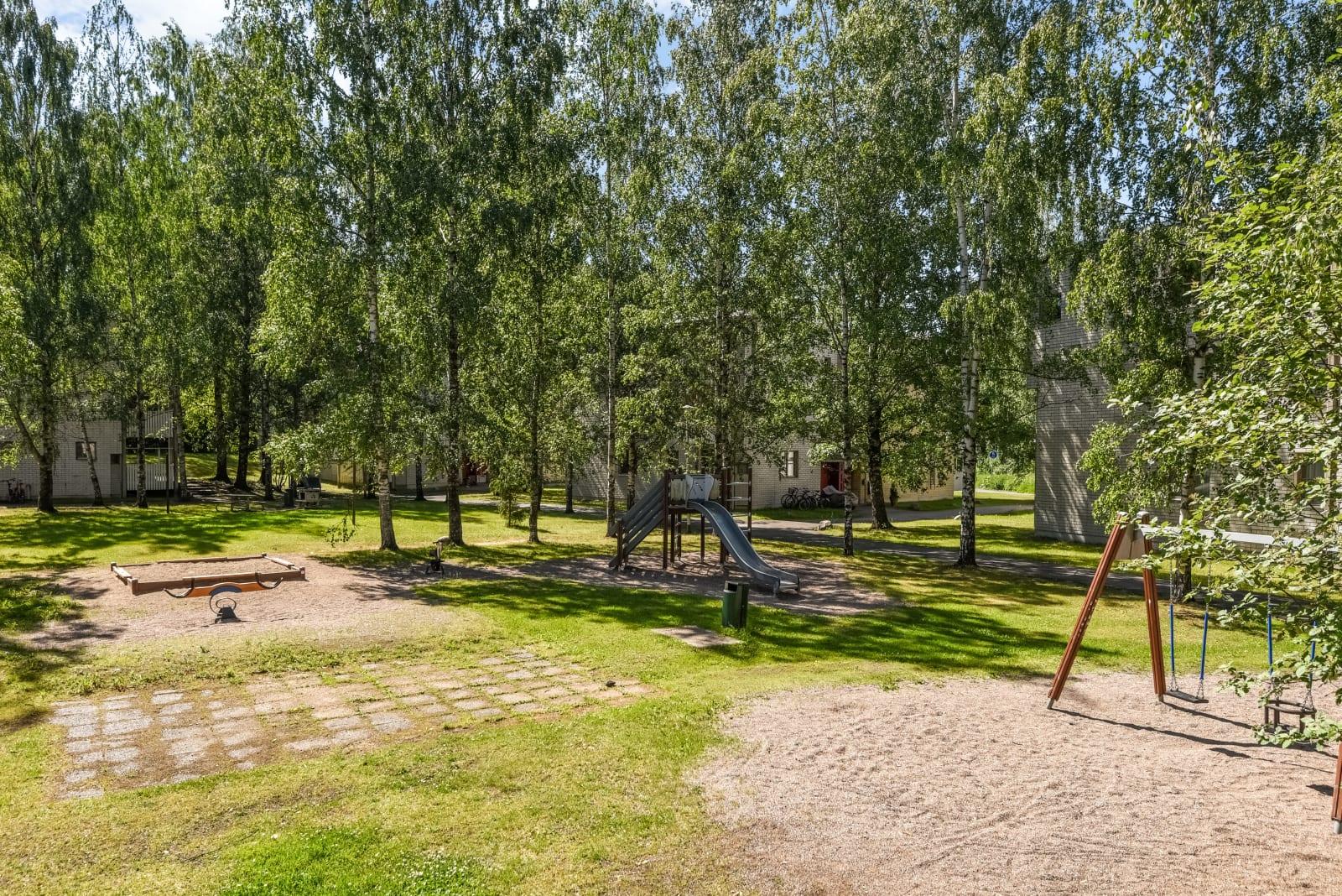 Vantaa, Kuninkaala, Taoskuja 3