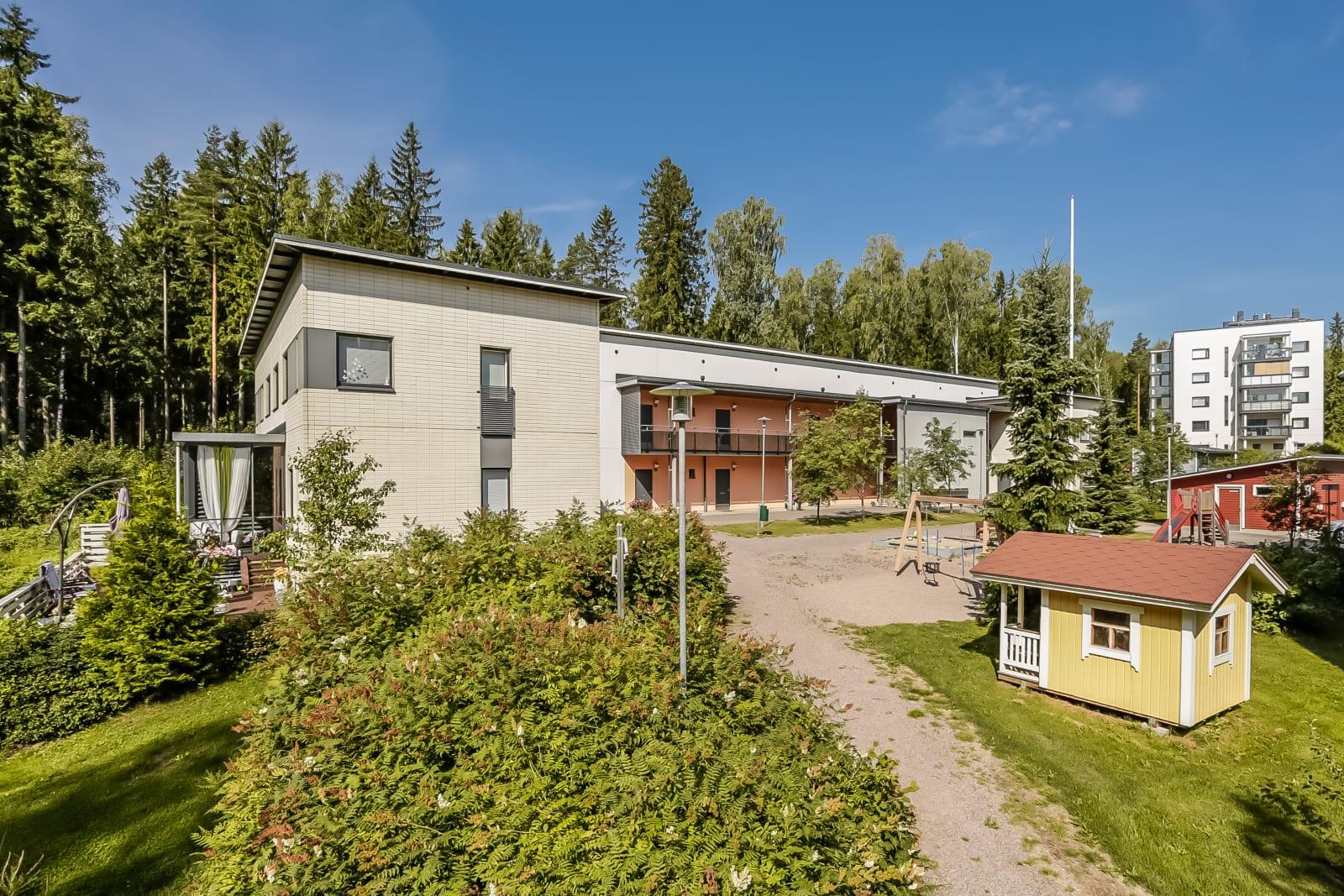 Vantaa, Mikkola, Maarukanrinne 6