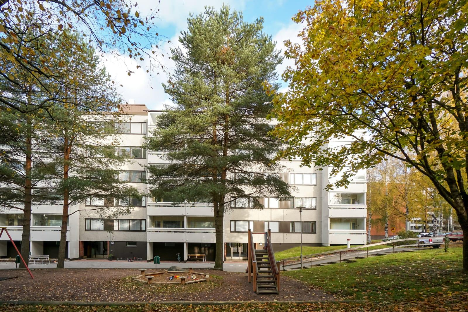 Vantaa, Myyrmäki, Vaahtokuja 8