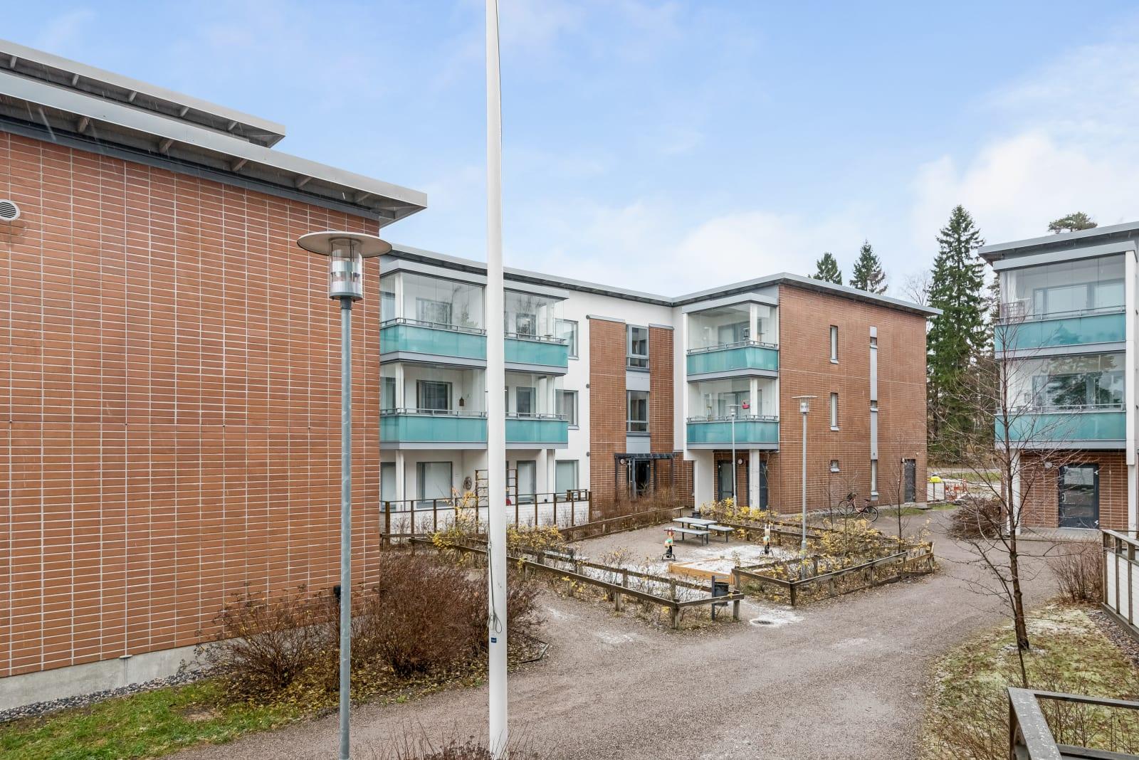 Vantaa, Vapaala, Kierretie 2
