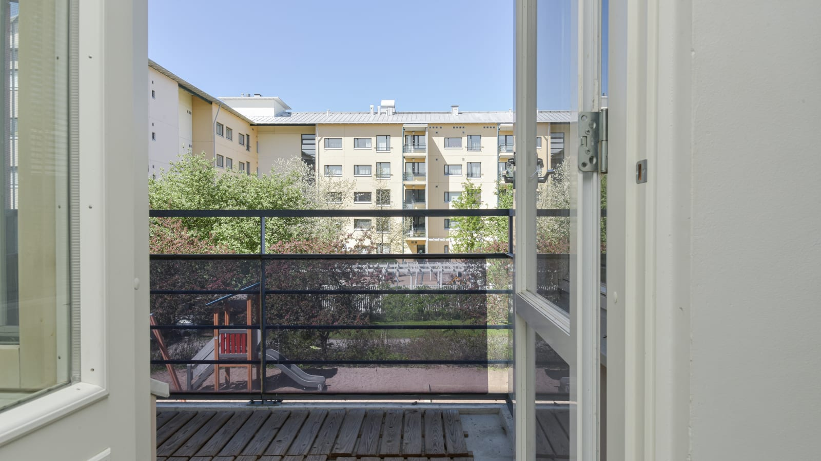 Helsinki, Herttoniemi, Laivalahdenkaari 8