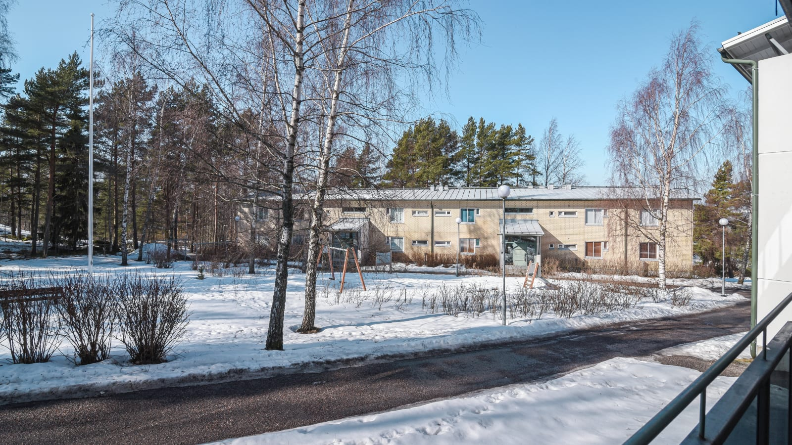 Helsinki, Jollas, Puuskarinne 1