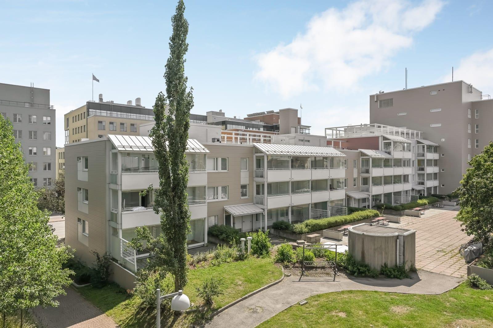 Helsinki, Pikku huopalahti, Korppaanmäentie 1