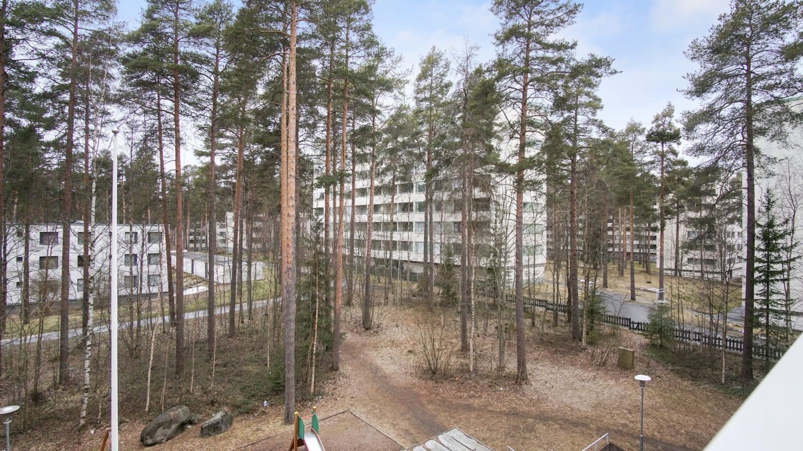 Oulu, Kaukovainio, Tuulihaukantie 9