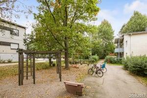 Espoo, Lippajärvi, Linnustajantie 17