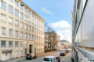 Helsinki, Kamppi, Lönnrotinkatu 32