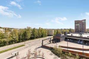 Vantaa, Martinlaakso, Kivivuorentie 8 A-B