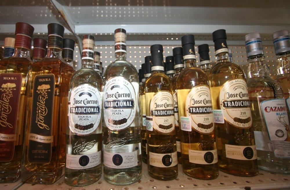 Alas Blancas Fine Foods and Wine Market in Sayulita