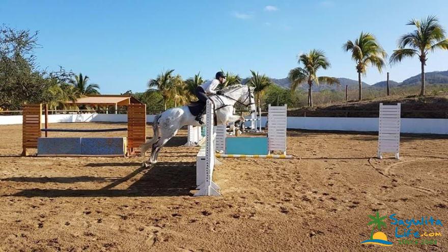 Vista Paraiso Equestrian Club in Sayulita Mexico