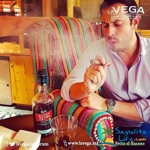 La Vega Cigar Lounge & Bar in Sayulita Mexico
