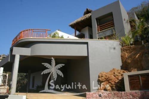 Colina La Iguana for sale in Sayulia Mexico
